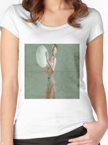 Retro beach babe - distressed Women's Fitted Scoop T-Shirt