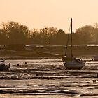 Heybridge Basin 07.05 am Essex  UK by James  Key