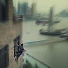 The window cleaner by Yannick Verkindere