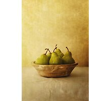 Pears in a wooden bowl Photographic Print