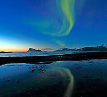 Aurora Borealis over Haja island by Frank Olsen