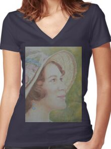 Lady Sybil Women's Fitted V-Neck T-Shirt