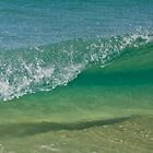 Small Wave Beauty by nickgreenphoto