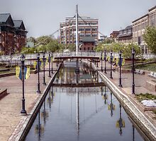 Downtown Creek by BLuke