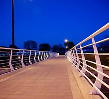 A Bridge into the Night by boukou9