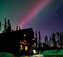 Red Auroras over our House by peaceofthenorth