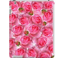Chic girly pink vintage roses floral pattern  iPad Case/Skin