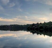 Ardingly Reservoir Panoramic Reflection by oindypoind