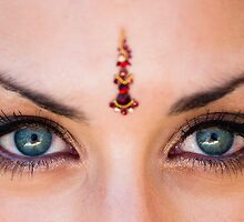 Bindi Eyes by pauldwade