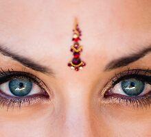 Bindi Eyes by pauldwade