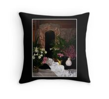 Easter - Empty tomb Throw Pillow