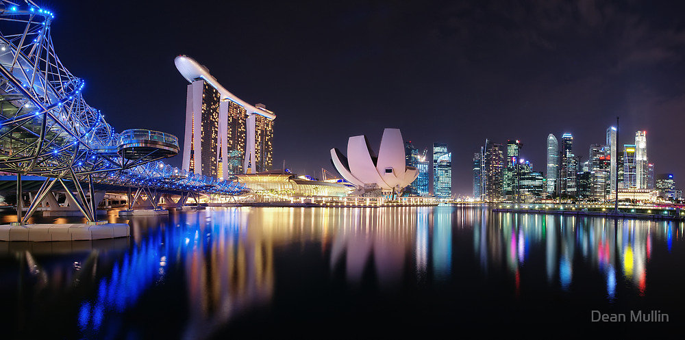 Marina  Bay - Singapore by Dean Mullin