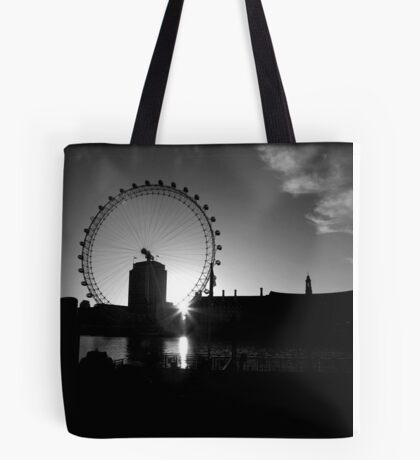 Dawn Over The Thames Tote Bag