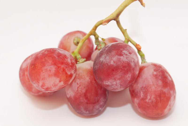Red grape by rajeshbac