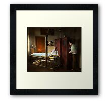 Doctor - X-Ray - In the doctors care 1920 Framed Print