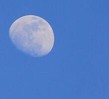 Day Moon by mattypaq