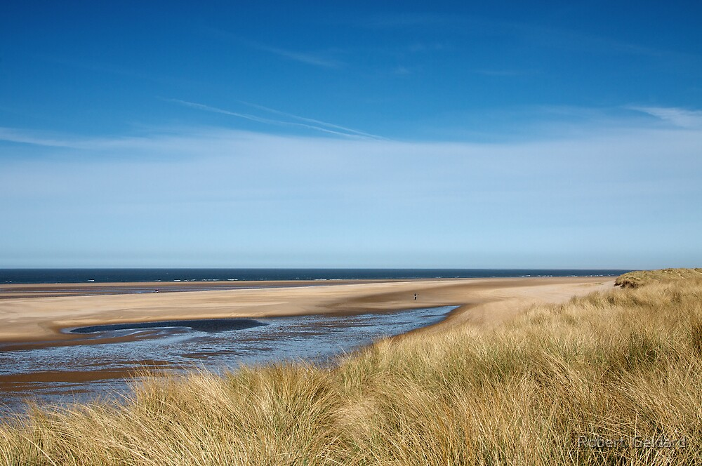 Holkham Bay by Robert  Geldard