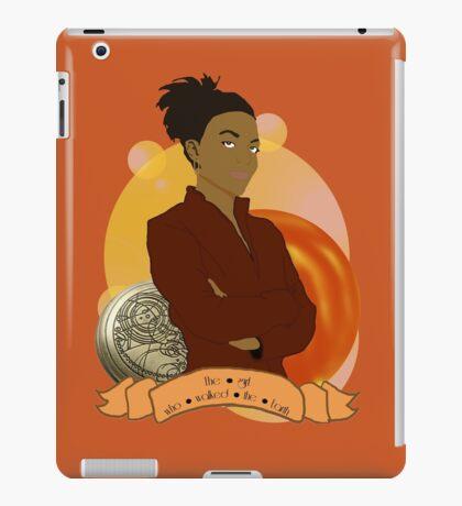 Doctor Who: The girl who walked the Earth - Martha Jones iPad Case/Skin