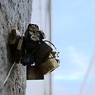 Locks left at Brooklyn Bridge by contradirony