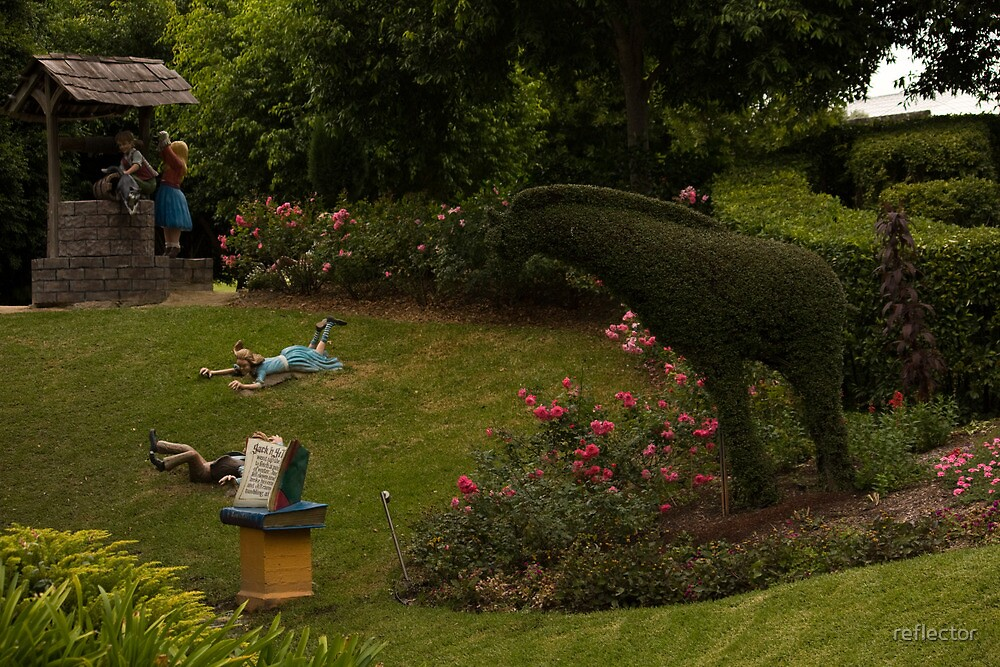 The Tale Of Jack And Jill - Hunter Valley Gardens Series by reflector