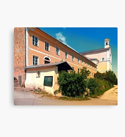 Traditional rural architecture, in large sizes Canvas Print