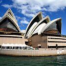 Sydney Opera House by Lisa Williams