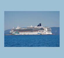 Norwegian Jade liner, Corfu Kids Tee