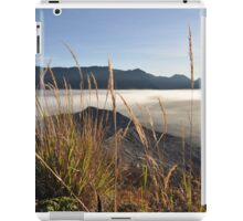 Foggy Gunung Bromo valley iPad Case/Skin