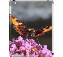 Savouring the nectar iPad Case/Skin