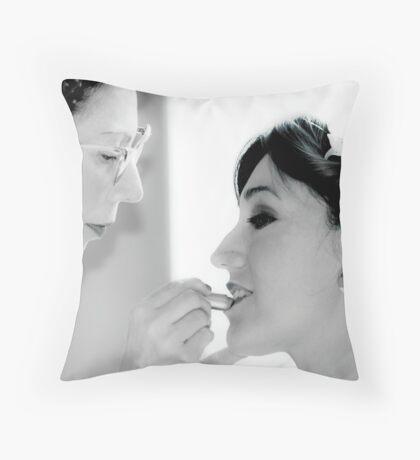 make-up Throw Pillow