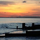 Sunset on Bognor regis beach by lutontown