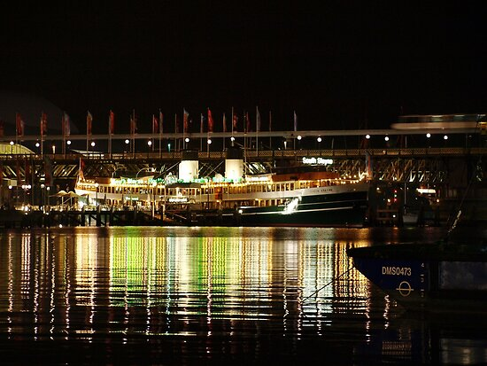 Darling Harbour by Jason Dymock Photography