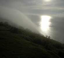 Flowing Mist,Otford Lookout,Australia 2009 by muz2142