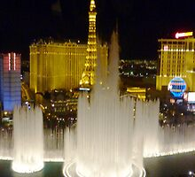 The Bellagio fountains at night, Las Vegas by rkdownton