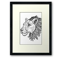 Feather maned lion Framed Print