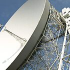 Jodrell Bank close-up by Tony Worrall