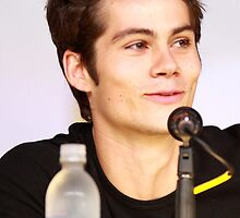 Dylan O'Brien Comic Con picture by hotteaissy
