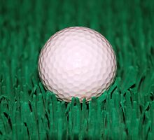 Golfball by hunterinn