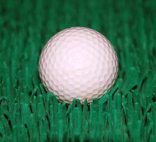 Golfball by hunterinn