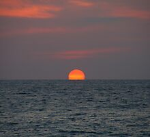Sunset at Andaman by platukem