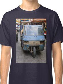 In need of slight repair, trader's van, street market, Siracusa, Sicily Classic T-Shirt