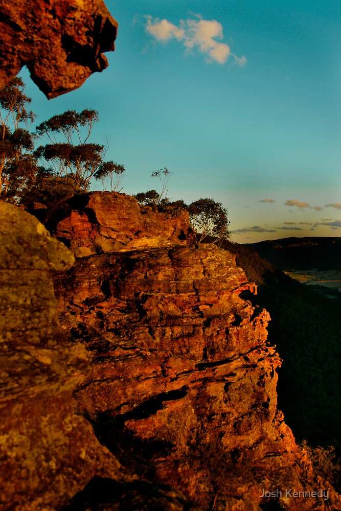 Sunset Rock - Blue Mountains by Josh Kennedy
