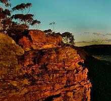 Sunset Rock - Blue Mountains by Josh Kennedy