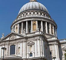 St Paul's Cathedral, London, a closer look. by Keith Larby