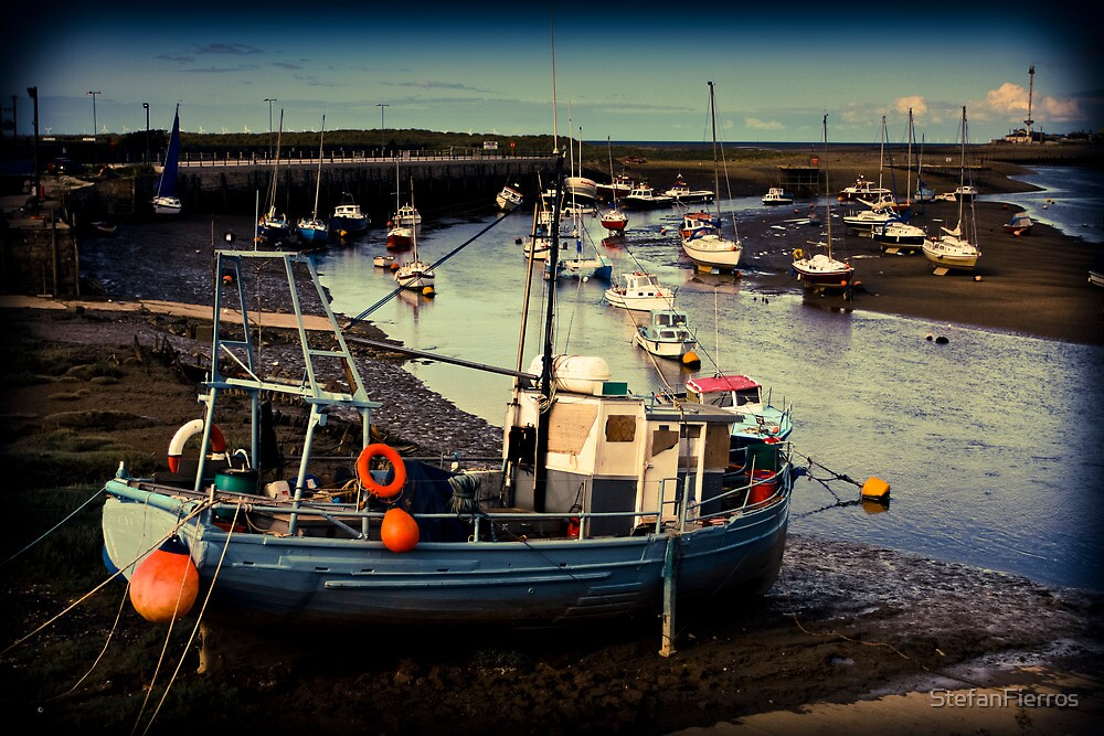 Fishing boats by StefanFierros