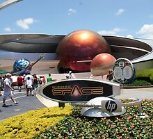 Mission: Space - Walt Disney World by searchlight
