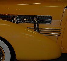 Detail Image 1937 Cord Model 812C Phaeton by Robert Burdick