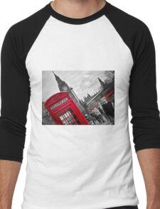 Telephone Booth in London Men's Baseball ¾ T-Shirt