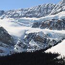 Snowy rocky wall II by zumi