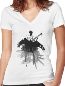 Music makes me fly... Retro - Grunge - Vintage Women's Fitted V-Neck T-Shirt